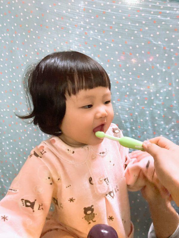 寶貝的口腔和牙齒健康,一長牙之後就要開始囉!|牙膏品牌推薦|oh care 歐克威爾