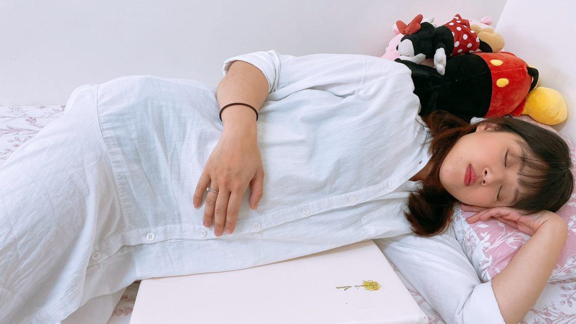 孕婦枕推薦,紓緩孕期腰痠的好幫手,全台獨家德國專利醫療級科技綿|VE孕婦側睡托腹枕|mammyshop 媽咪小站