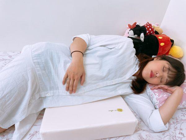 孕婦枕推薦,紓緩孕期腰痠的好幫手,德國專利醫療級科技綿|VE孕婦側睡托腹枕|mammyshop 媽咪小站