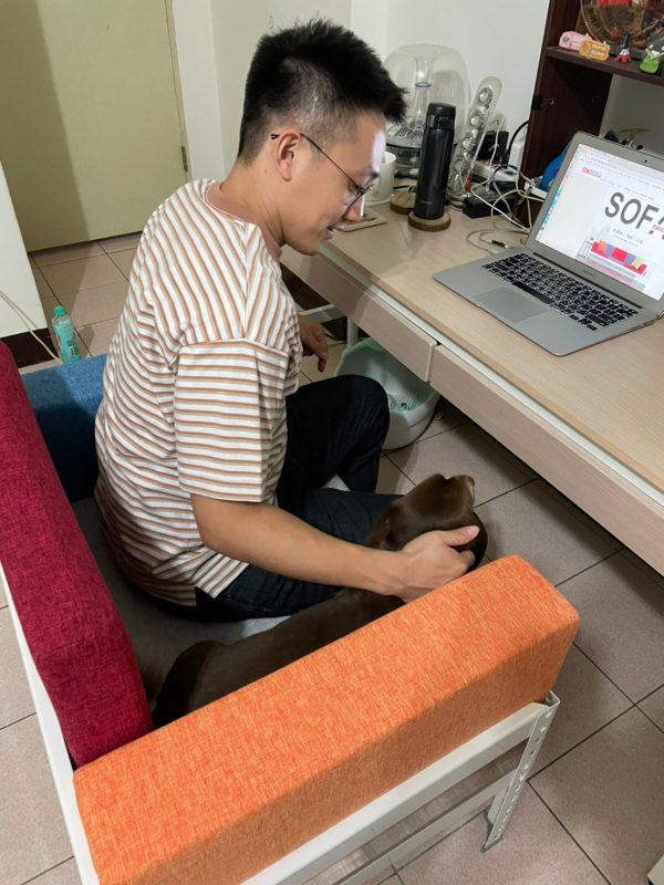 沙發推薦,辦公與久坐的最佳夥伴,軟硬適中又能輕鬆組裝|【空間特工】角鋼單人沙發